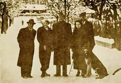 Bose, Indian National Congress president-elect, centre, in Bad Gastein, Austria, December 1937, with (left to right) ACN Nambiar , who was later to be Bose's second-in-command in Berlin, 1941–1945, Heidi Fulop-Miller, Emilie Schenkl, and Amiya Bose