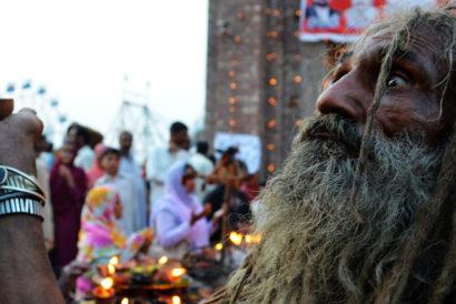 Devotees at the shrine of Madho Lal Hussein (Photo: JAMIL AHMED/XINHUA PRESS/CORBIS)