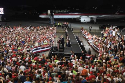Donald Trump campaigns at the airport in Melbourne, Florida, on 27 September