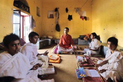 A Sanskrit class at a gurukul in Varanasi
