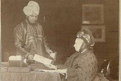 Abdul Karim with Queen Victoria in 1885