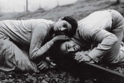 Sridevi and Kamal Haasan in Moondram Pirai (1982)