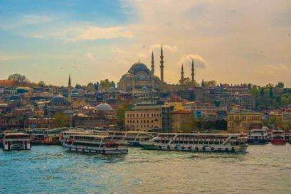 Istanbul celebrates its past as it strides ahead