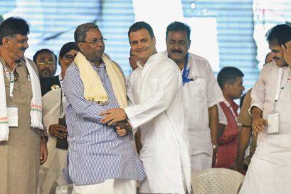 Siddaramaiah with Rahul Gandhi