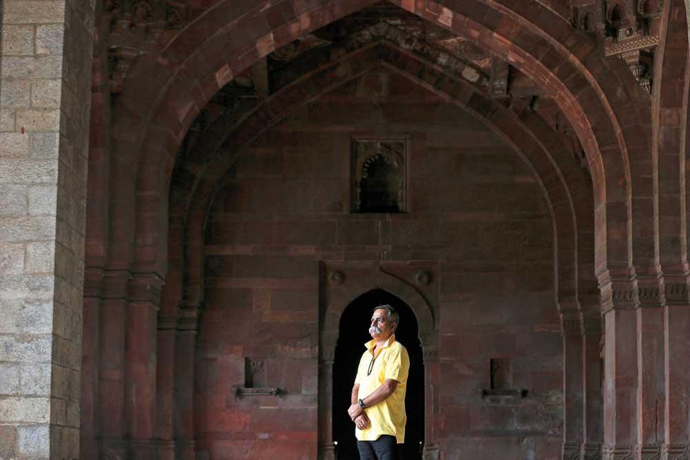 Shivnath Jha: The Last Pursuit - Open The Magazine