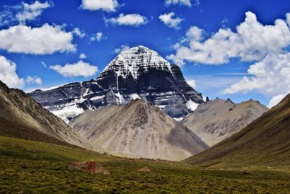 The Myriad Colours of Mansarovar