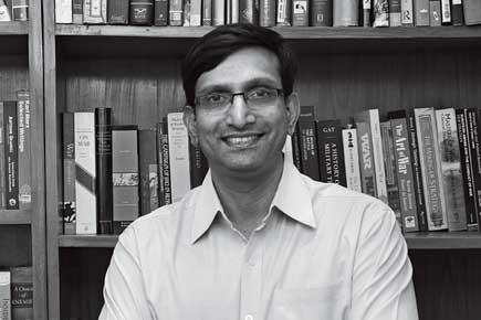 Srinath Raghavan, Historian
