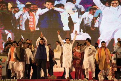 Devendra Fadnavis and Uddhav Thackeray at the launch of the BJP-Shiv Sena campaign for the 2019 General Election in Kolhapur