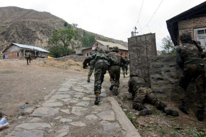 Army Adopts 'Cash on Delivery' to Hunt Out Terrorists in J&K