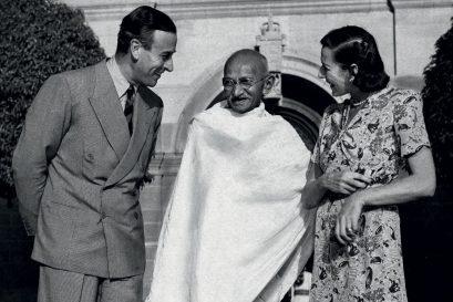 The Mahatma and Kashmir