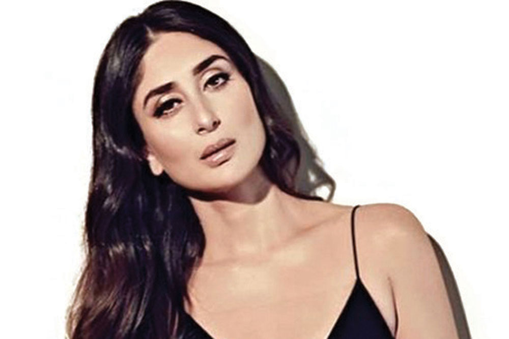 Kareena's Stepping Stone - Open The Magazine